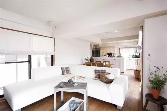 室内景观资讯--上海室内装修设计培训—强悍的收纳功能,60平简约风小户型